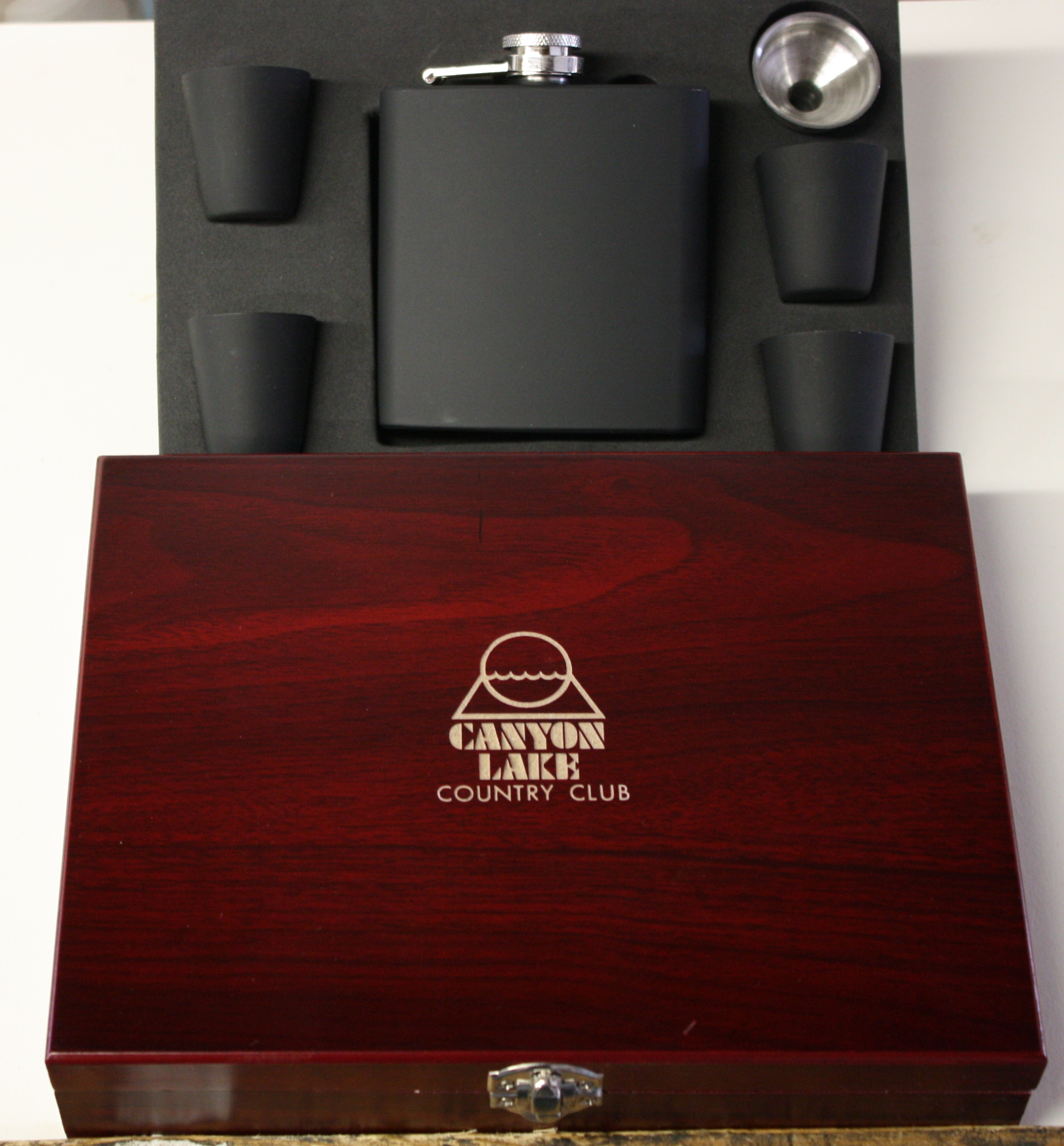 6oz BLACK FLASK SET/WOOD BOX--ITEM#1214